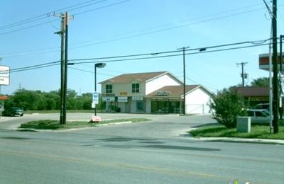 Thousand Oaks Barber Shop - San Antonio, TX