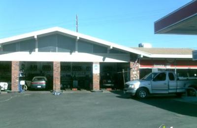 Camelback Mountain Sinclair - Phoenix, AZ