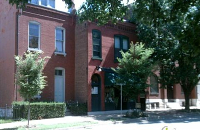 Hammond's Antiques & Books - Saint Louis, MO