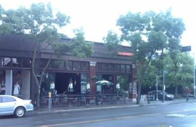 Julia's on Broadway - Seattle, WA
