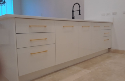Kitchen Cabinets Cabinet Refacing By Visions   Miami, FL