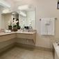 Baymont Inn & Suites - Kirkland, WA