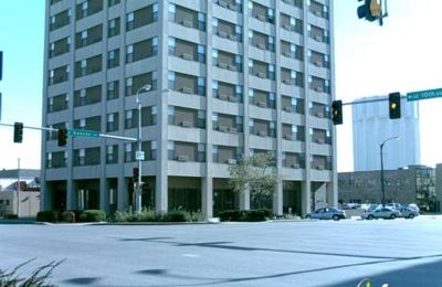 Landmark Plaza Apartments - Topeka, KS