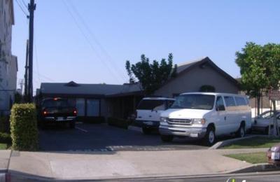 Ramona Senior Center - Bellflower, CA