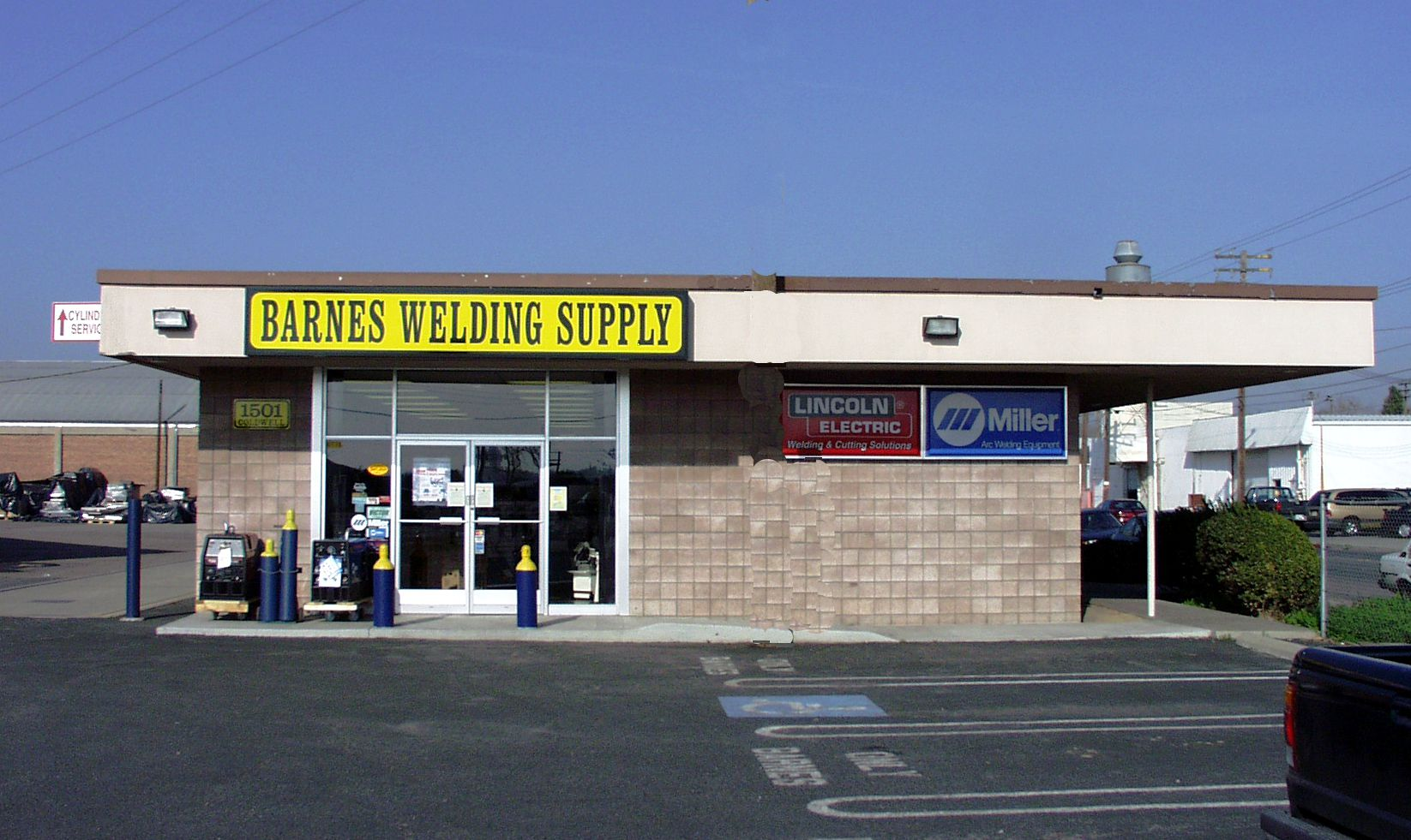 Barnes Welding Supply 1501 Coldwell Ave Modesto Ca 95350 Yp Com