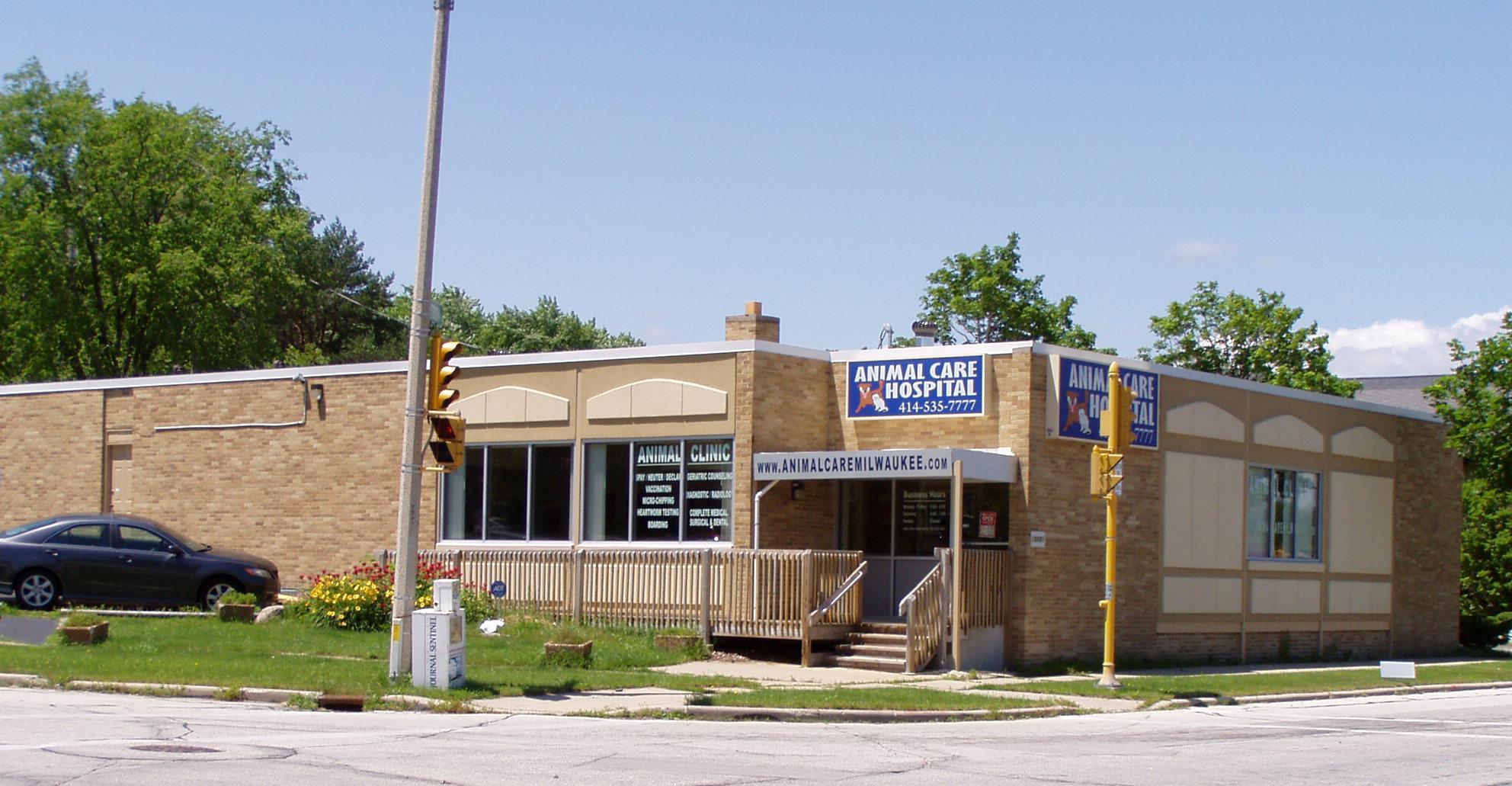 Animal Care Hospital Clinic 10001 W Lisbon Ave Milwaukee