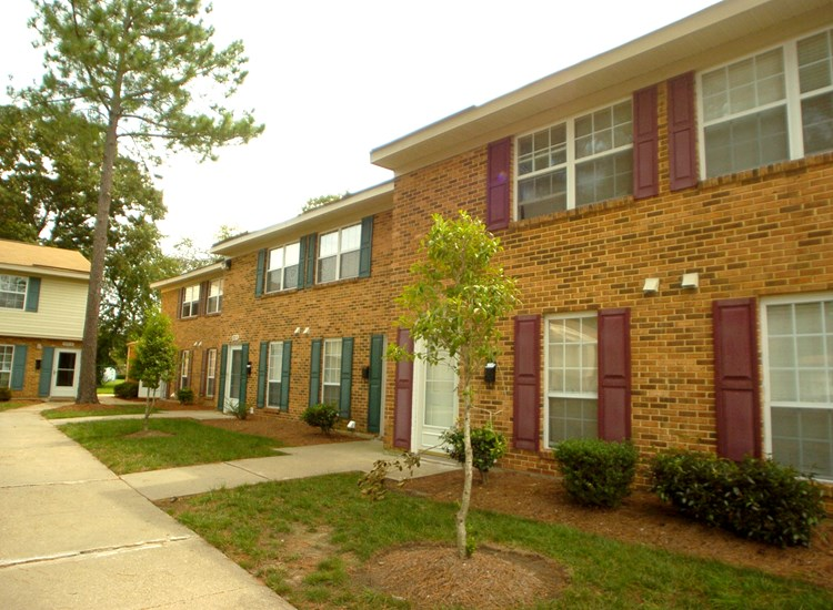 Lakeville Townhomes Virginia Beach