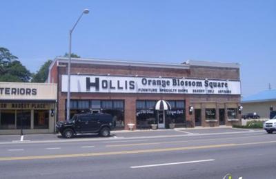 Hollis Ole Crush Antique Mall - Foley, AL
