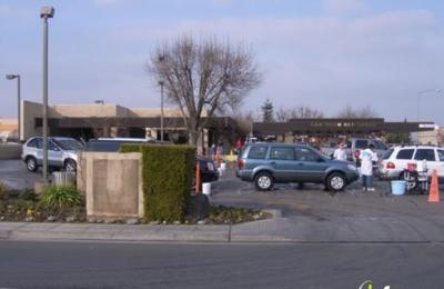Red carpet car wash 801 w shaw ave clovis ca 93612 yp red carpet car wash clovis ca solutioingenieria Choice Image