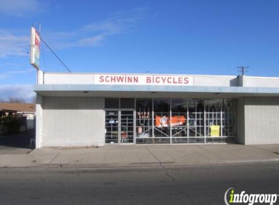 Sumner's Schwinn Bicycle Shop - Fresno, CA