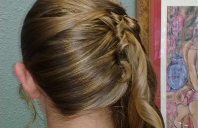 Chequers Hair Studio - Lafayette, CO
