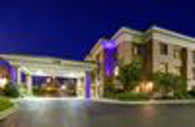 Holiday Inn Express & Suites Columbia-I-20 @ Clemson Rd - Columbia, SC