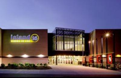 Island 16 Cinema de Lux - Holtsville, NY