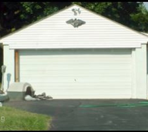 Devine Overhead Doors - Hadley, MA