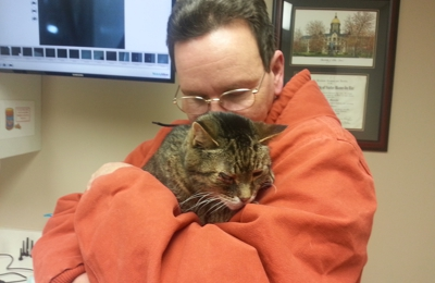 Line Street Veterinary Hospital - Columbia City, IN