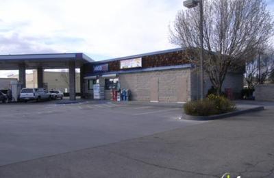 Sunnyside Food & Liquor - Fresno, CA