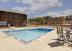 Americas Best Value Inn - Hot Springs, SD