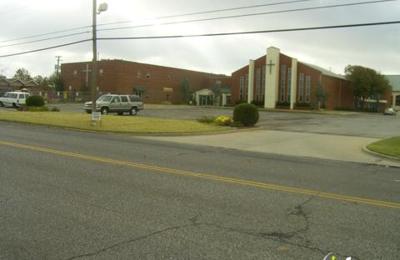 Cherokee Hills Baptist Church - Oklahoma City, OK