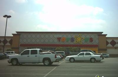 Toys R Us - Selma, TX