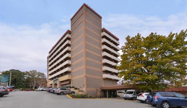 Quality Inn University Center - Pittsburgh, PA