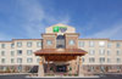 Holiday Inn Express & Suites Denver Airport - Denver, CO