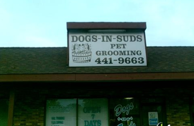 Dogs In Suds - Saint Charles, MO
