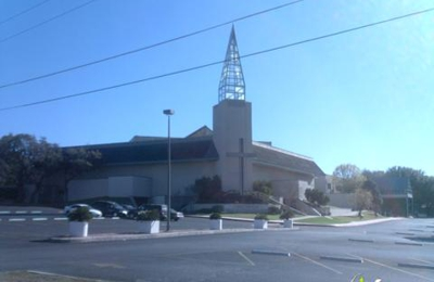 Castle Hills First Baptist Church - San Antonio, TX