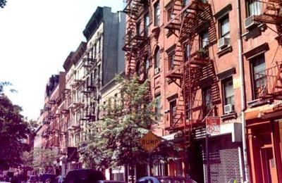 Yn - New York, NY