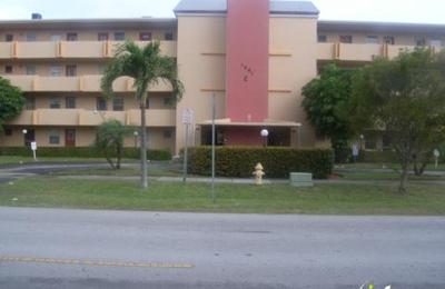 Bathtub People - Miami, FL