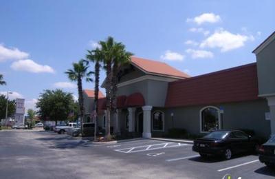 Hudson's Furniture Showroom - Orlando, FL