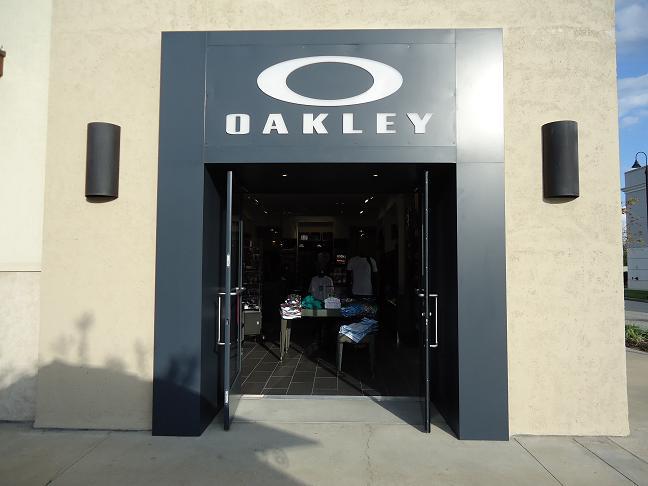Oakley Store 4751 River City Dr Ste P01-a, Jacksonville, FL 32246 - YP.com