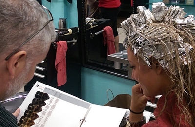 Guys & Dolls Hair Salon - Fort Lauderdale, FL