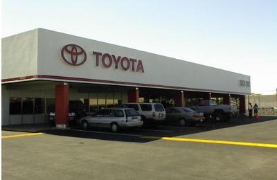 Toyota Dealership El Paso Tx >> Poe Toyota 6330 Montana Ave El Paso Tx 79925 Yp Com