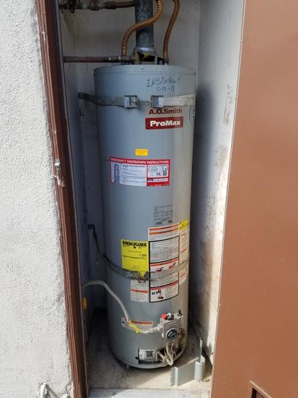 A Dan The Handyman - Santa Ana, CA. Old water heater