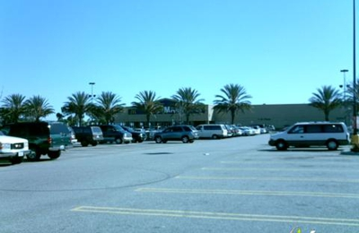 Walmart - Vision Center - Lakewood, CA