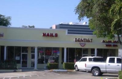 Nail Safa - Fort Lauderdale, FL