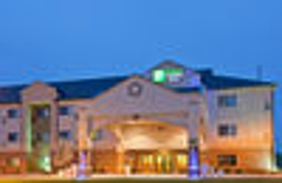 Holiday Inn Express & Suites Lincoln South - Lincoln, NE