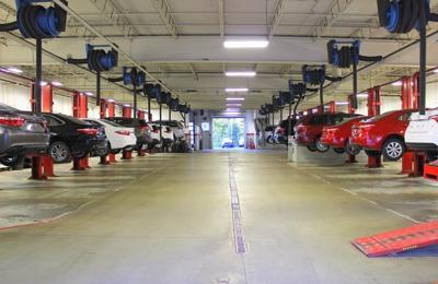 Herb Chambers Auburn >> Herb Chambers Toyota Scion Of Auburn 809 Washington St