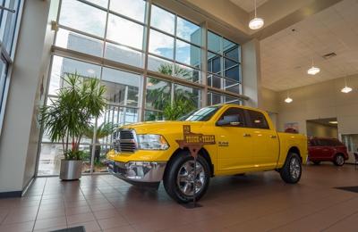 Allen Samuels Dodge Chrysler Jeep Ram Houston - Houston, TX