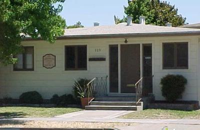Magee, Denise E DC - Redwood City, CA