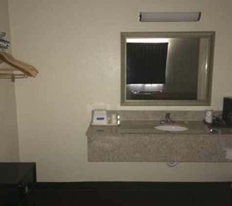 Travelodge - Farmington, NM