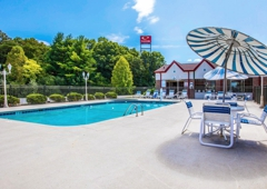 Econo Lodge Airport - Fletcher, NC