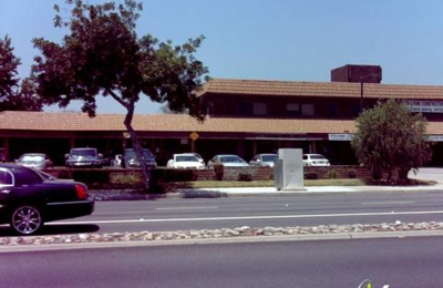 A Dr. Gregory Robins DDS FAMILY DENTISTRY - West Covina, CA