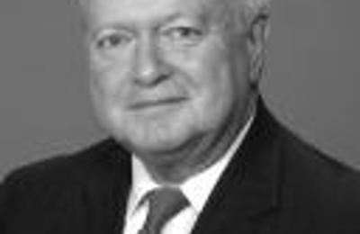 Edward Jones - Financial Advisor: Barry M Petrowsky - Saint Louis, MO