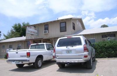 A W Peterson Gun Shop - Mount Dora, FL