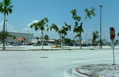 Aeropostale Factory Store - Boynton Beach, FL