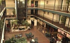 Chateau Louisianne Suite Hotel