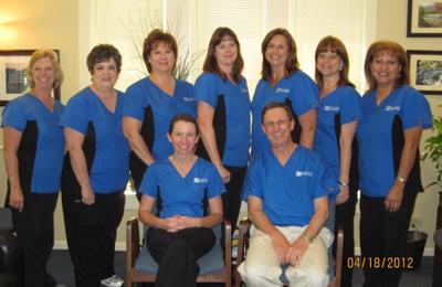 Boyles Family Dentistry: Dr. David Boyles, Dr. Kim Butler - Alvin, TX