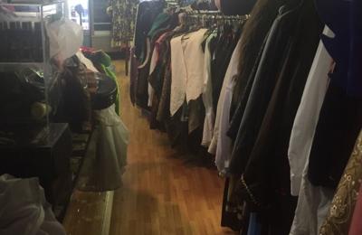 Farinas Costumes - Salt Lake City UT & Farinas Costumes 25 E Kensington Ave Ste B Salt Lake City UT 84115 ...