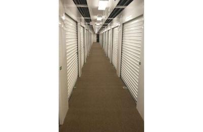 Extra Space Storage   Boston, MA